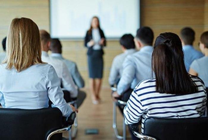 /media/post/4trvu45/mrcs-lectures.jpg