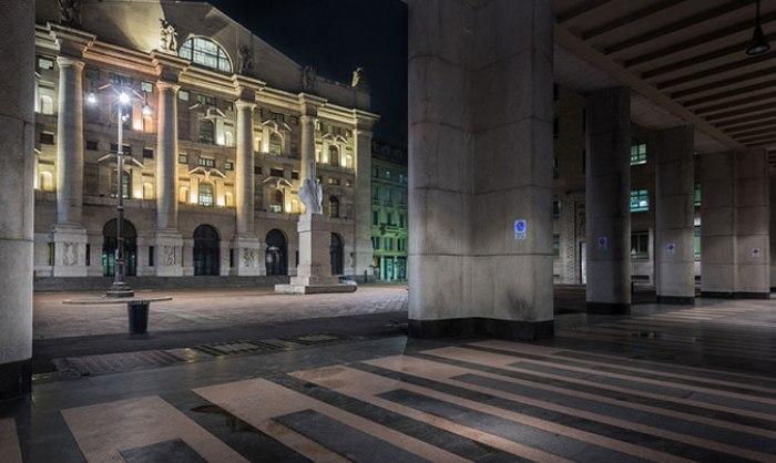 /media/post/8qb9pzh/palazzo-mezzanotte-piazza-affari-1.jpeg