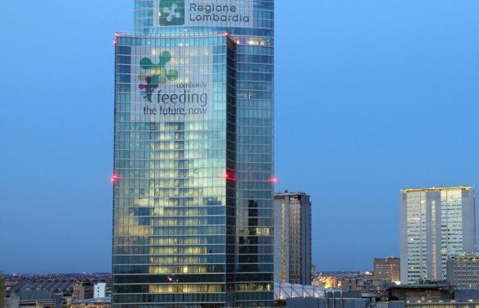 /media/post/bd3gbz9/palazzo-lombardia-grattacielo-pirelli-skyline-milano--796x512.jpg