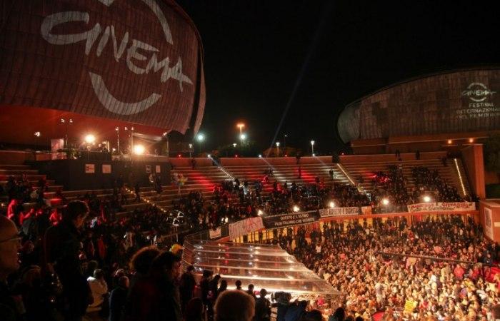 /media/post/be897qe/festival-del-cinema-bb-acquedotti-antichi-796x512.jpg