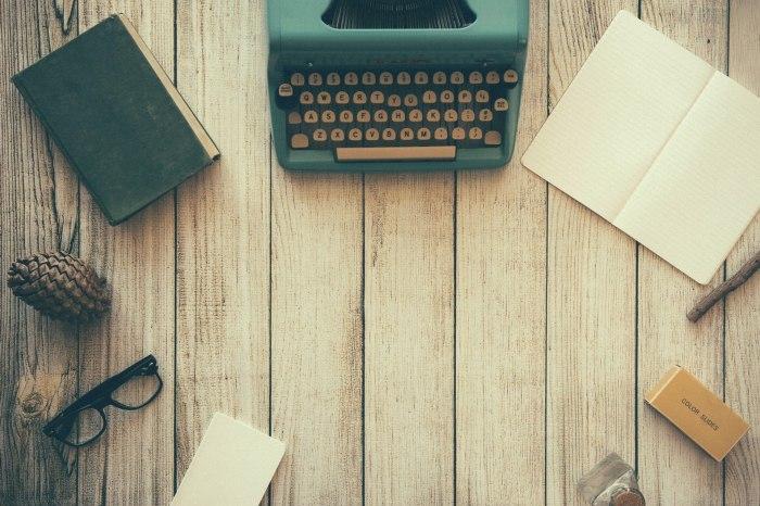 /media/post/cgd73qc/typewriter-801921_1920.jpeg