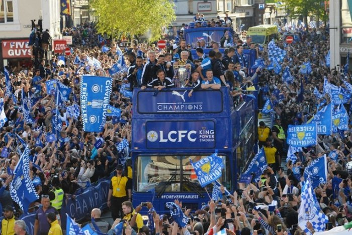 /media/post/cra47fp/leicester-city-parade-epl-trophy-1705-764x512.jpg