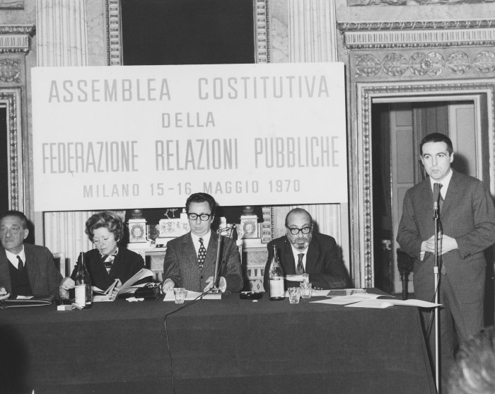 /media/post/h7qp3uq/Assemblea1970.jpg