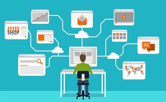 /media/post/hevvbds/social-media-manager-10-mansioni-indispensabili.jpg