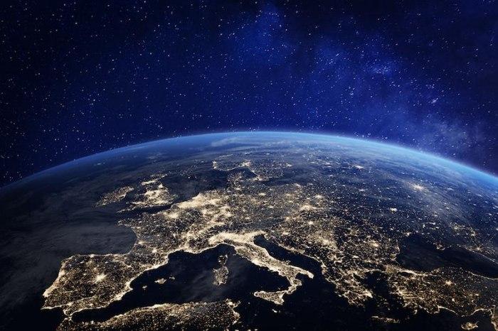 /media/post/ltgg543/lEuropa-vista-dallo-spazio-800.jpeg