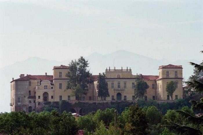 /media/post/p5lbulz/location-castello-san-giorgio-canavese-matrimonio-torino-nozze-simmi01.jpg