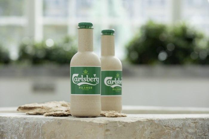 /media/post/pef7c87/green-fibre-bottle-with-wood-fibres.jpg